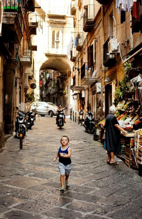 Naples-Copyright-Carla-Coulson-0023